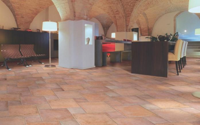 Piastrelle da esterno tipo cotto pavimento esterno cotto - Piastrelle tipo veneziana ...