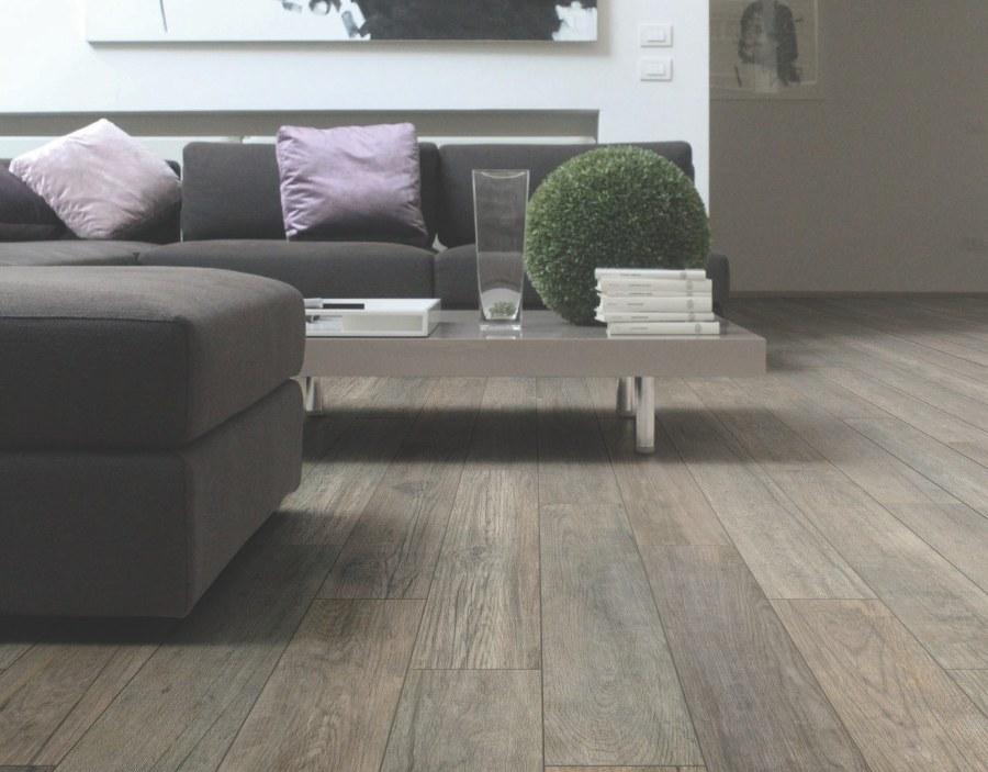 Ceramiche pronte effetto legno essenze gres porcellanato smaltato - Idee per pavimenti interni ...