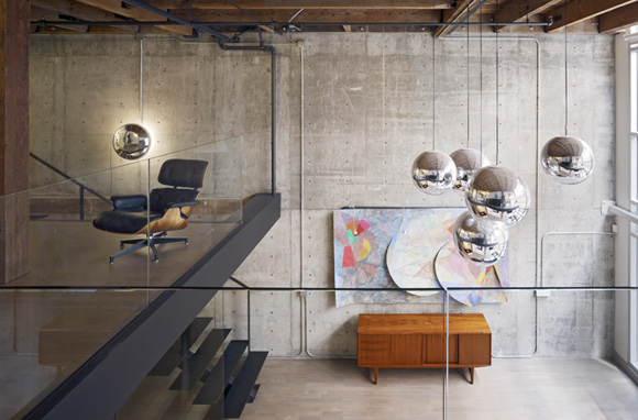Ceramiche pronte loft industriali e atmosfere for Camera da letto del soffitto della cattedrale