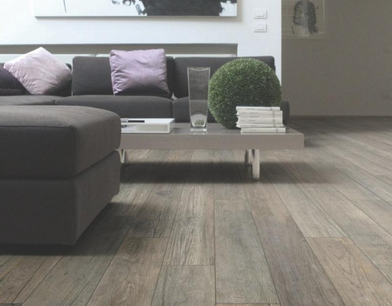 Idee Per Pavimenti Interni : Pavimenti interni moderni mattonelle per interni moderni con